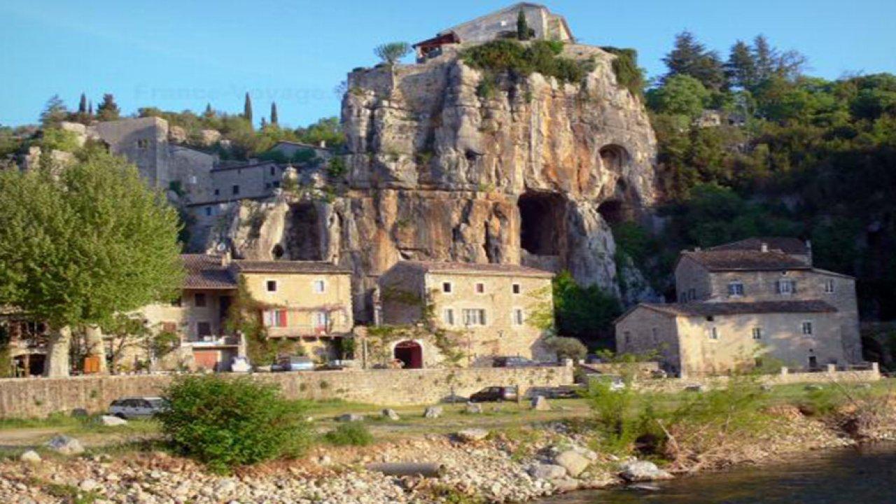Village de La Beaume